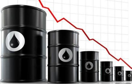 Нафта знову почала падати в ціні