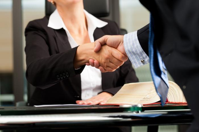 Профессия адвокат: «за» и «против»