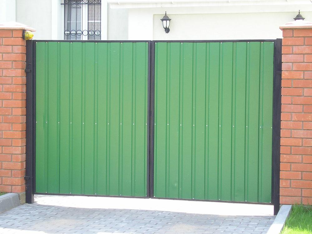 Сколько стоят распашные ворота из профнастила на vsv-group?