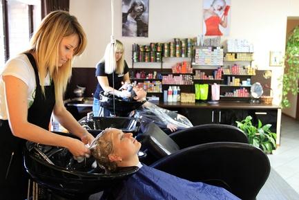 Свой бизнес: открытие парикмахерской с нуля